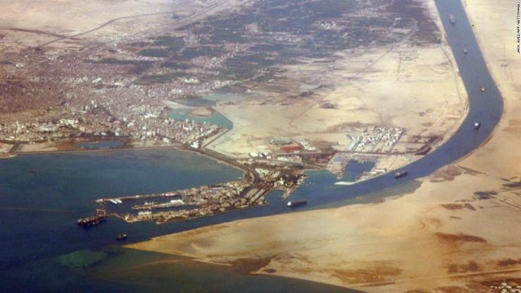 150728124449-egypt-suez-canal-ariel-super-169